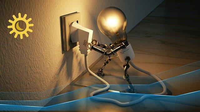 zásuvka a žárovka