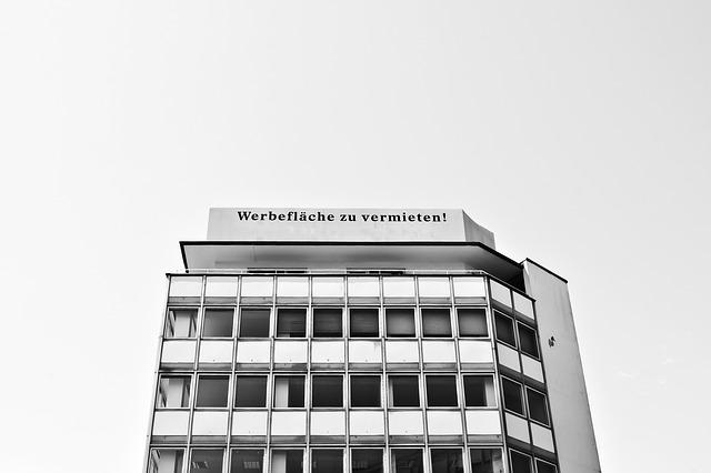 hlavní sídlo jedné nebankovní hypoteční firmy